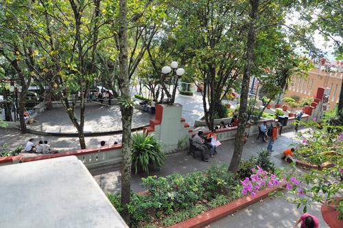 Parque_Juarez_en_Xalapa_Veracruz_M_xico_1