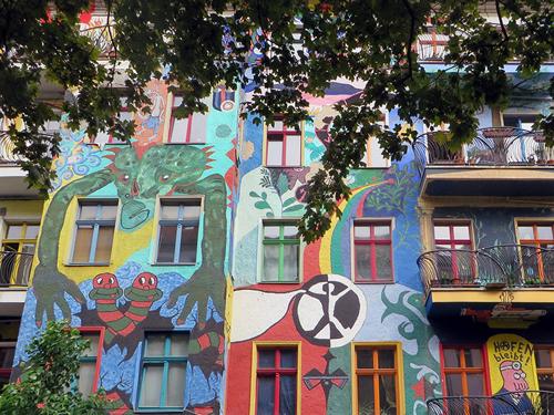 friedrichshain-berlin-former-squat-painted-facade-berlin