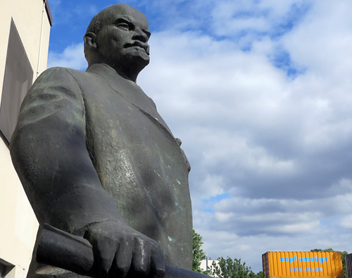 lenin-statue-secret-berlin