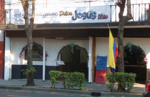 Colombia-Jesus1-500x323