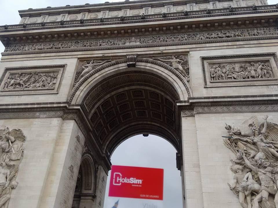 HolaSim funciona a la perfección en Francia y en 60 países más